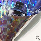 方格雷射貼紙方格雷射貼紙基底為PVC,仿3D雷射質感,外觀絢麗色彩豐富、黏著力佳,具有耐撕、防水防潮等特性,適合用於包裝貼紙或防偽貼