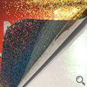 砂點雷射貼紙基底為PVC,仿3D雷射質感,外觀絢麗色彩豐富、黏著力佳,具有耐撕、防水防潮等特性,適合用於包裝貼紙或防偽貼